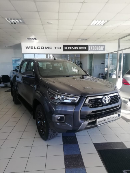 2021 Toyota Hilux Hilux 2.8GD-6 double cab Legend for sale - 33116