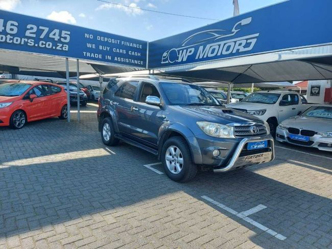 2010 TOYOTA FORTUNER  3.0D-4D R/B A/T for sale - 10555