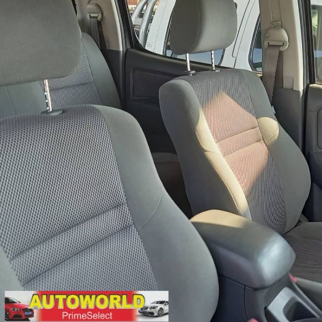 Toyota Hilux 2013 2.7 vvti  for sale
