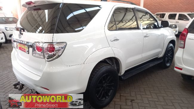 Used Toyota Fortuner 2012 for sale