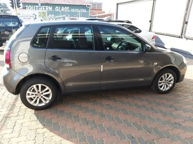 2017 Volkswagen Polo Vivo hatch 1.4 Conceptline for sale in Gauteng, Johannesburg - 32