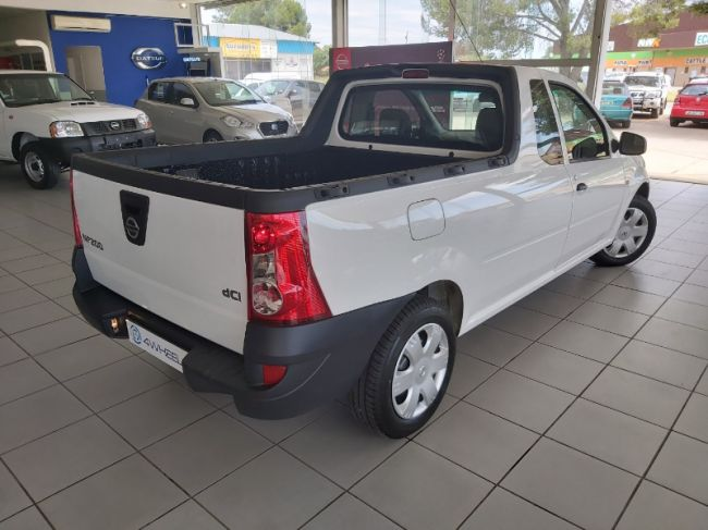 Manual Nissan NP200 2021 for sale