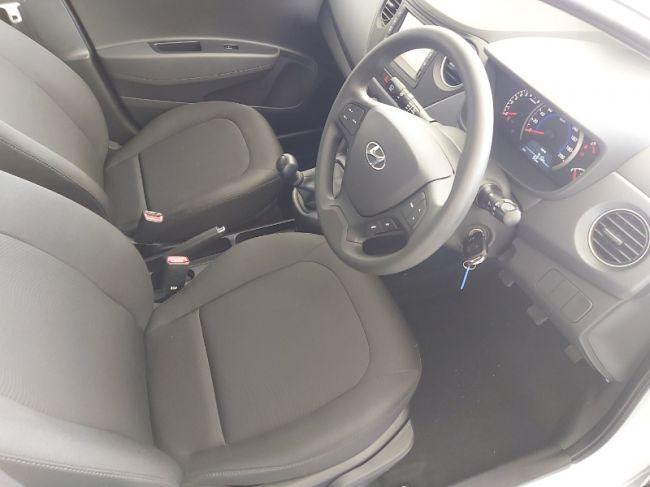 Hyundai Grand i10 2021 1.0 Fluid for sale