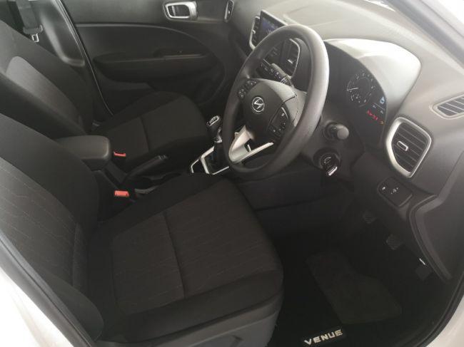 Hyundai Venue 2021 1.0 TGDI Motion infotainment for sale